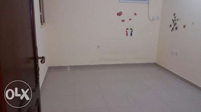 UNF studio part of villa available in abu hamour أبو هامور -  1