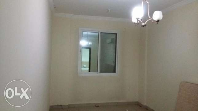 2 bedroom flat in old airport