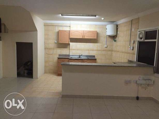 Unfurnished 2-Bedrooms Flat in AL Sadd -QR, 5500 السد -  5