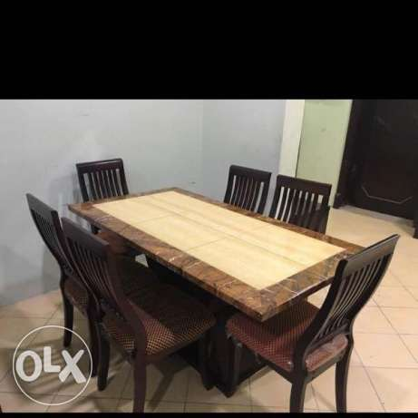 Dining Table and 6 cheer
