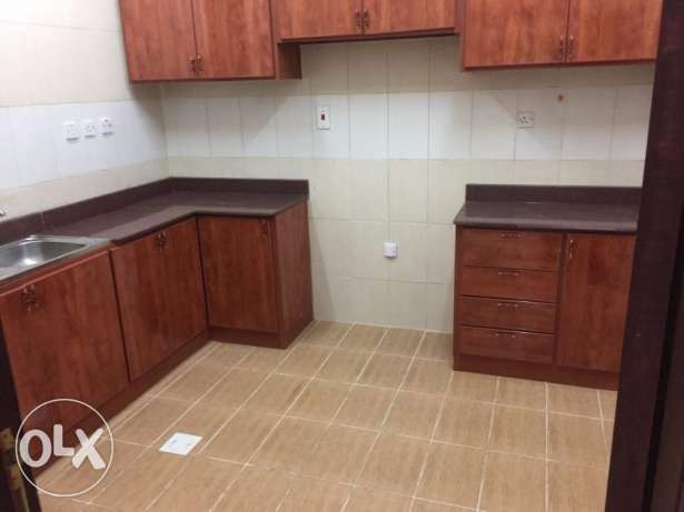 to rent:- Nice 3 Bhk Flat Bin Omran