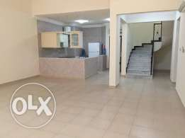 3 bed room SF duplex apartment old airport
