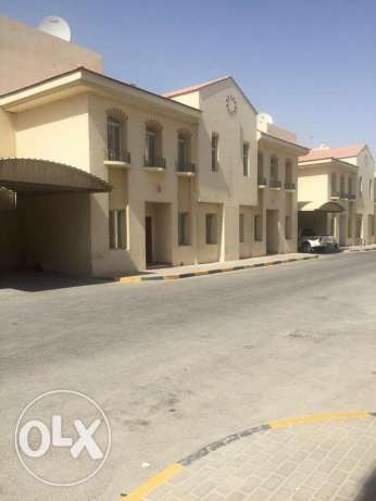 Semi Furnished 7-BR Villa in Ain Khaled-For Bachelors عين خالد -  1