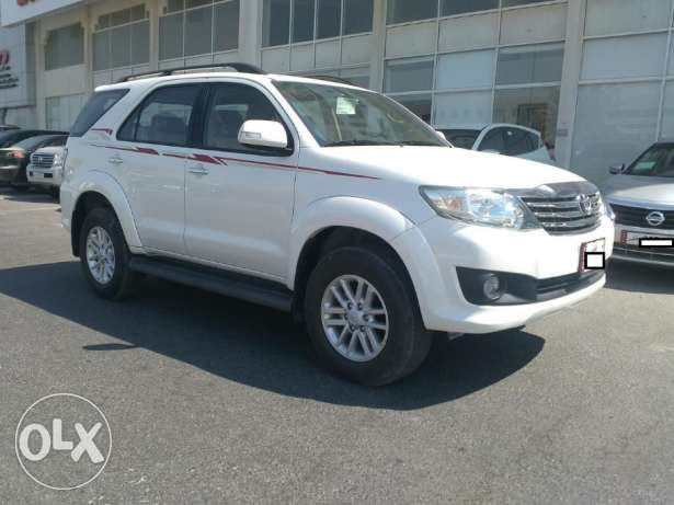 Brand new Toyota - fortuner - 2015 - 6 Cyl الريان -  3