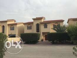 VILLA For rent in super deluxe compound in duhail area