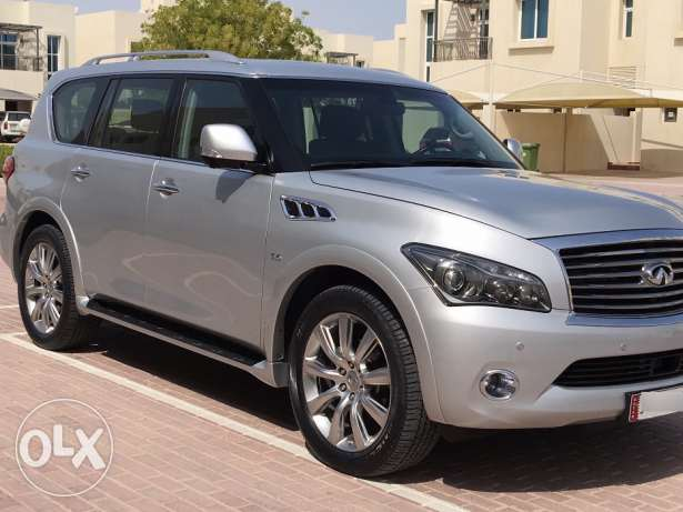 Infiniti QX80 - Great deal!!! As good as new