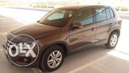 2014 VW Tiguan, perfect conditions, VW warranty valid until May 2018