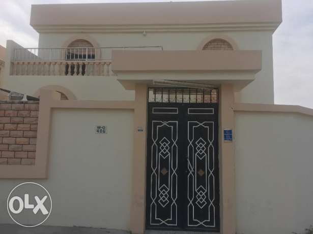 very nice un furnished for excutive bachelor villa available