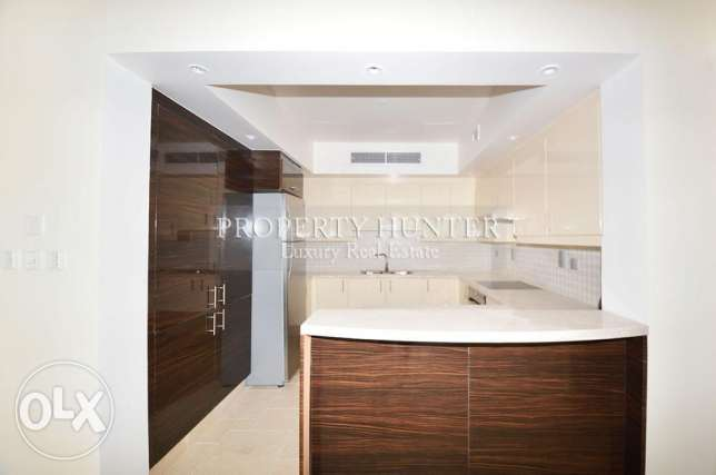 3 bedrooms apartment with canal views الؤلؤة -قطر -  3