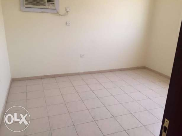 1 bhk flat Maamoura: Qr. 4000 Ready 2 RENT