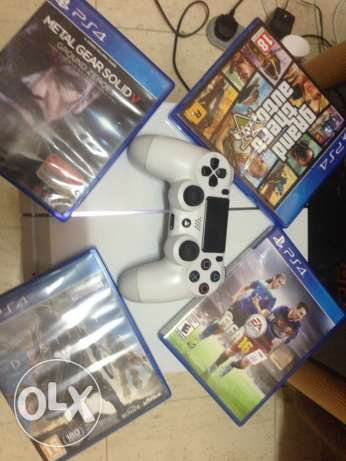 Ps4 white color 500gb for sale المطار القديم -  1