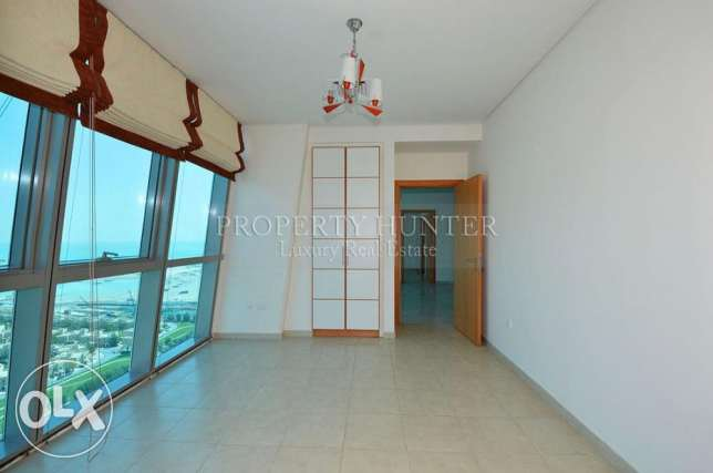 Furnished 2 Bed in Famous Zig Zag Towers الخليج الغربي -  6