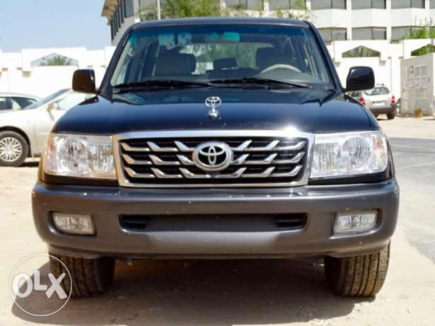 Land Cruiser GXR 2001. Good Condition. Expat leaving Qatar. Quick sale