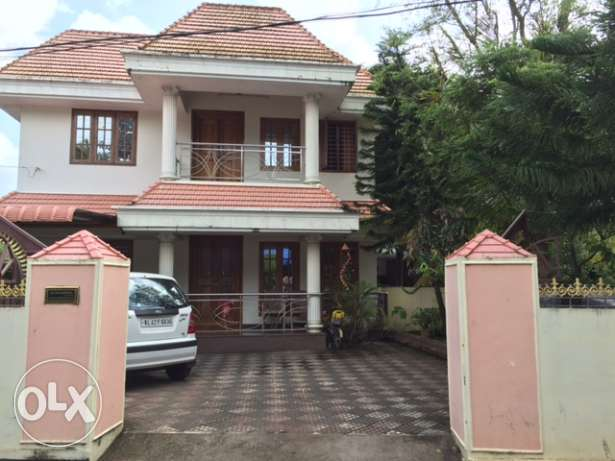 House for sale in Thrissur Town , Kerala