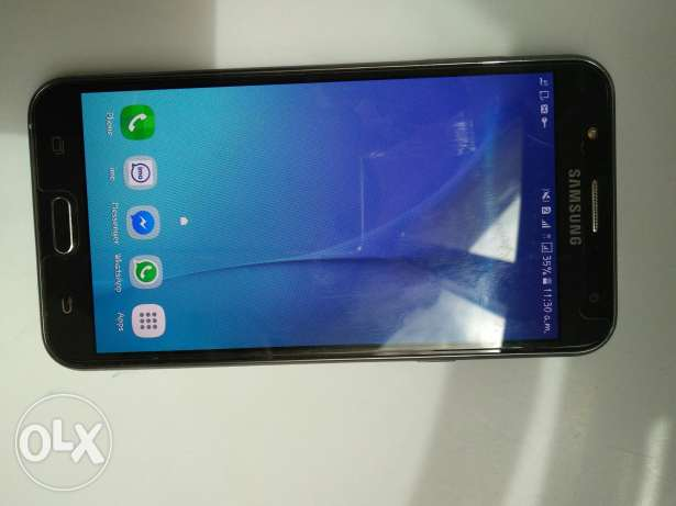 Galaxy j 7 in good condition