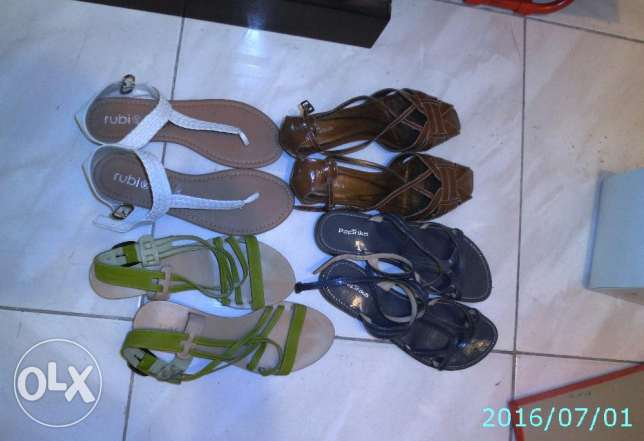 Four Pairs of ladies sandals Size EU-40 in excellent condition