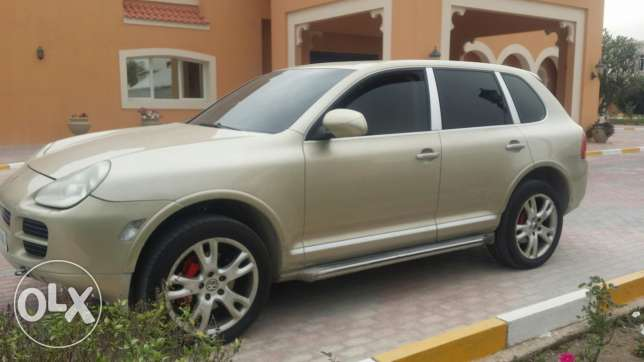 Porsche Cayenne S V8 2005. Full option! Expat owned.