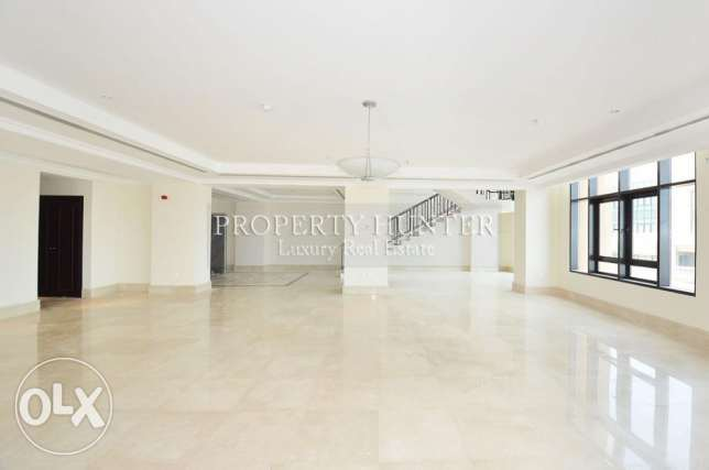 4 Bed + maid beautiful Penthouse+ sea view