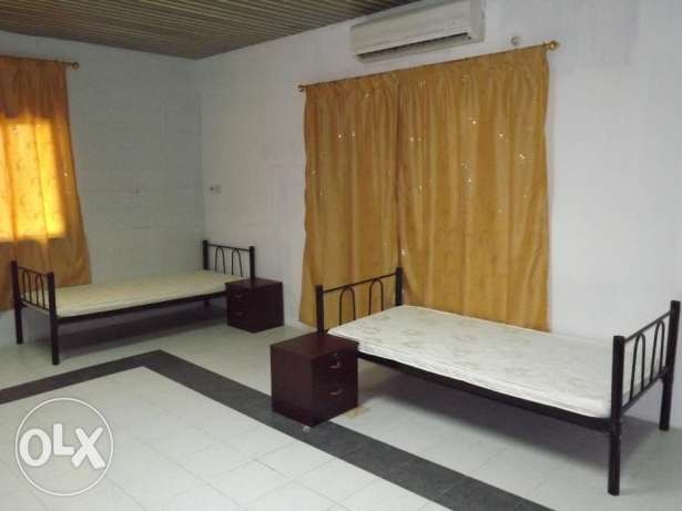 neat clean fully furnished spacious bed space avaliable at ma