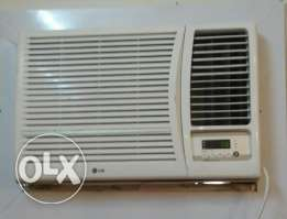 Window ac sale 1.5ton with fixing.