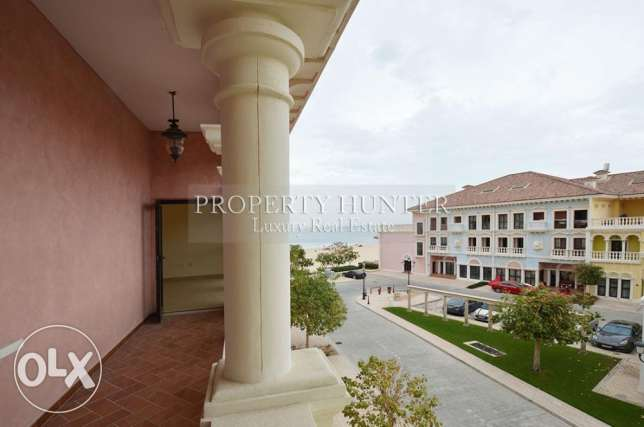 Beach front 3 bed duplex townhouse + 1 month free