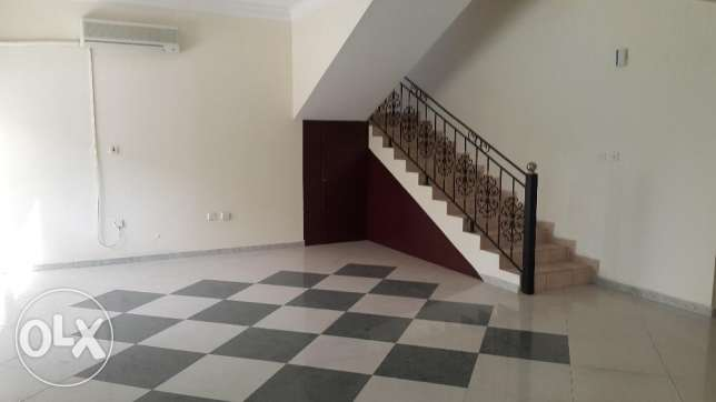 Compound villa 4 bhk spacious