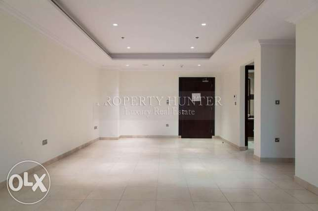 Full Sea view 2 Bedrooms Prime Apartment الؤلؤة -قطر -  4