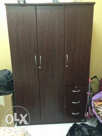 3 door cupboard in good condition