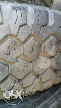 5 Dunlop Tryes 17 size