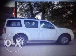 Nissan path finder SUV for sale
