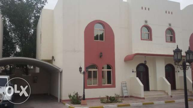 Semi furnished Villa for rent in compound / Al hilal 3 Bedroom / 3 Bat