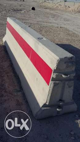 Concrete Barriers Oregon F-Shape as per Ashghal Requirement