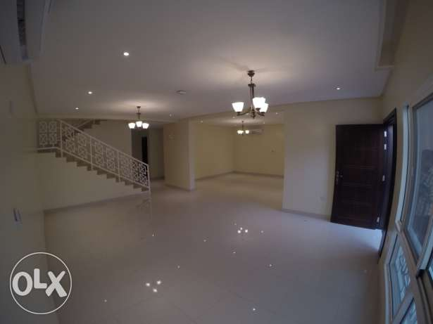 4bhk semi furnished villa in muraikh for family near frousiya R/A مريخ -  1