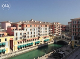 Luxurious apartment 2 bedrooms all attached bathrooms at QQ Pearl