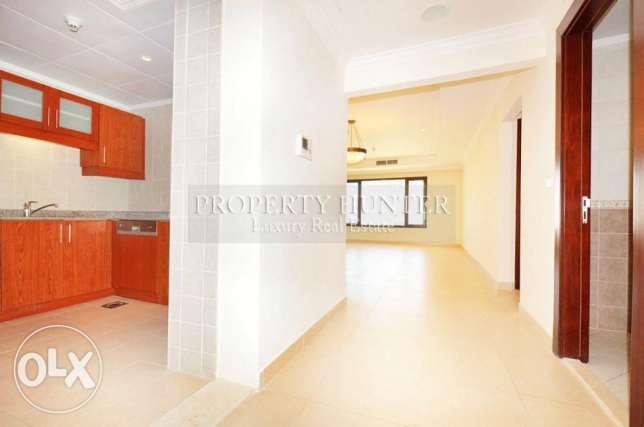 High Floor 1 Bedroom with Sea Views