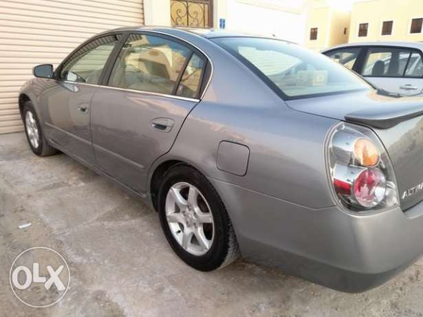 Nissan altima.2007 (on road 2008) drived only 99500km,in excellent con
