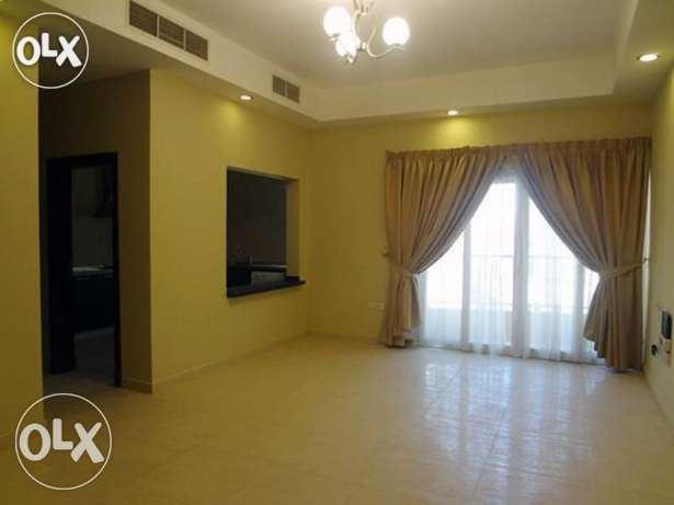 Unfurnished 2-Bhk Flat in Bin Mahmoud-Gym-Balcony فريج بن محمود -  5