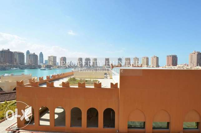 1 Bedroom Town House with Marina Overlooking View + 1 month free