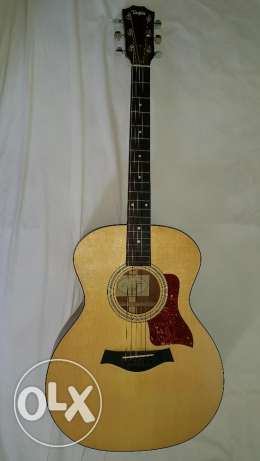 Taylor 214ce - Natural Grand Auditorium - w/ Case & Great Condition مطار الدوحة -  3