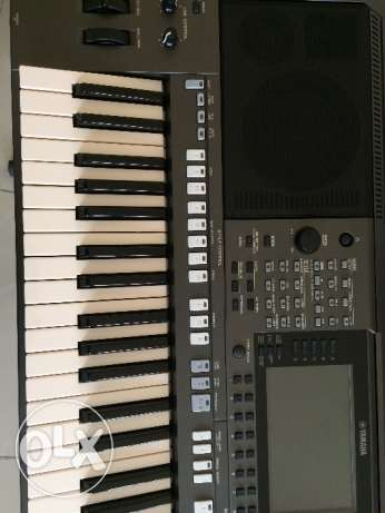 PSR-S970 Brand new Keybod foe sale.only 2months still not used