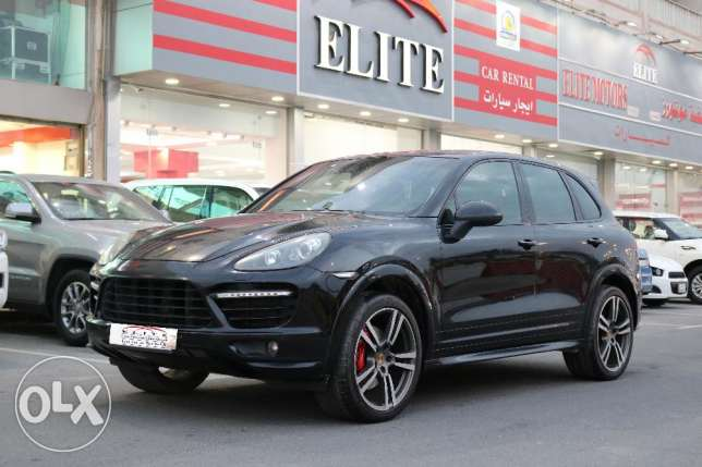 Porche Cayenne Model 2013 -BLACK
