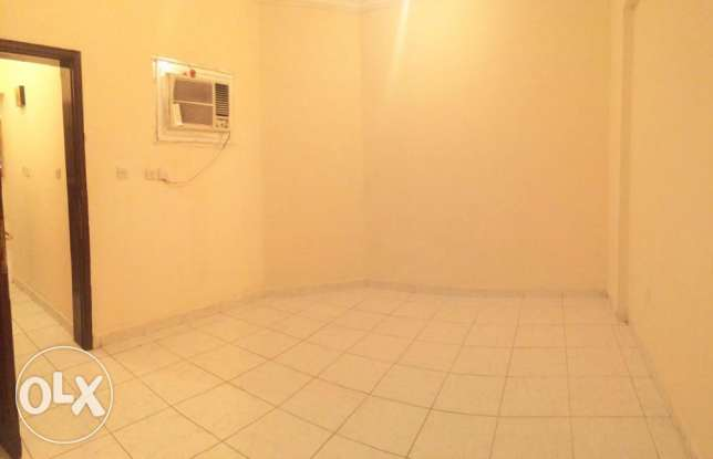 Un-Furnished 3-Bedroom Rent At -Najma-