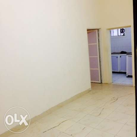 2 bhk unfurnished villa in old airport behind lulu for family's