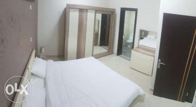 No Commission !! Brand New Luxurious Furnished 1 Bedroom