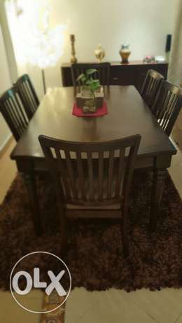 Dining table (6 chairs) & carpet for sale
