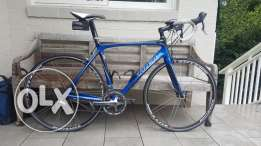 Trek Madone 5.2 Road bike