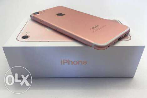 I phone 7 rose gold 32gb