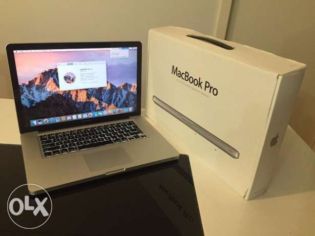 Apple macbook pro 15in Quad core i7