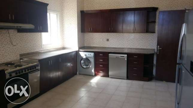 5 Bedroom villa in Abu Hamour أبو هامور -  3