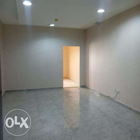 Luxury Unfurnished 2-Bhk Apartment in AL Nasr النصر -  2